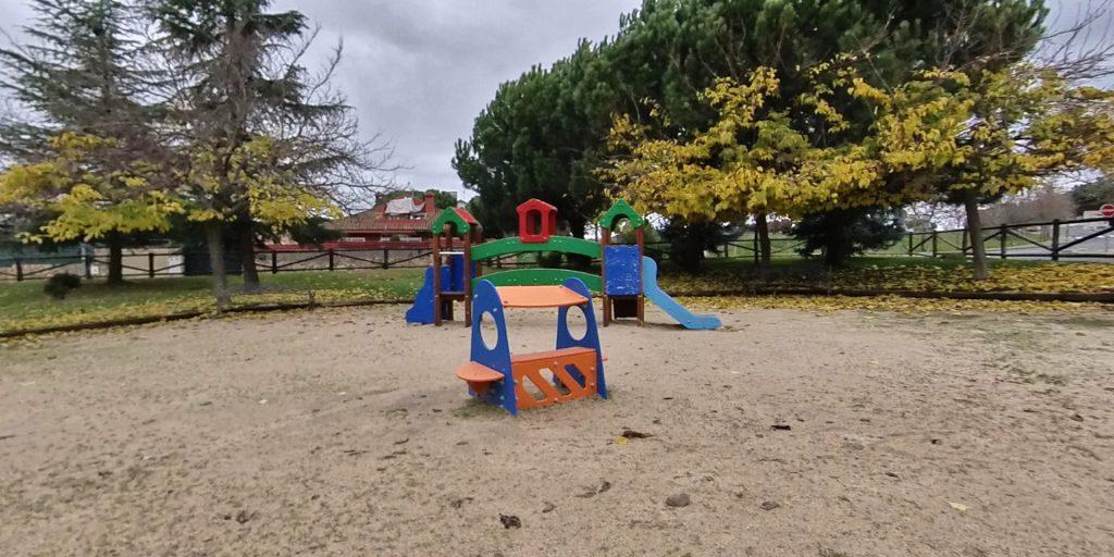 Parque campo rojo Colmenarejo