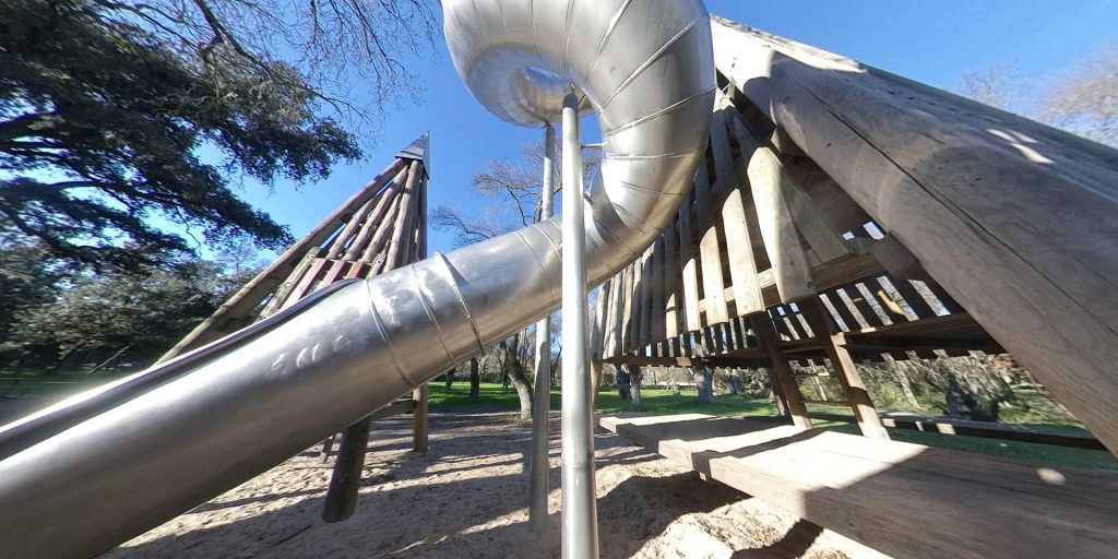 Parque pirámide de los tubos Madrid
